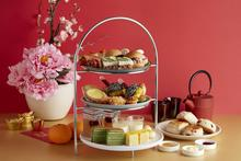 Listed as having one of the best high tea promotions in Singapore by Asia One, Window on the Park gives its Afternoon High Tea set a flavourful Chinese New Year makeover with a lunar inspired selection of 16 sweet and savoury treats. Make your reservation here: m.me/HolidayInnOrchardCityCentre   #TGIF #HighTea #FridayFoodie
