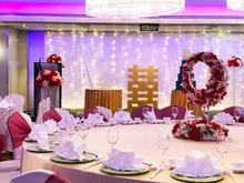 Still looking for a wedding venue? The search is over as Holiday Inn Singapore Orchard City Centre is here to assist you with all your venue needs. Speak with us at the Blissful Online Wedding Show from 10 to 11 April! RSVP at https://bowsonline.blissfulbrides.sg/  #WeddingWednesday #WeddingsWednesday